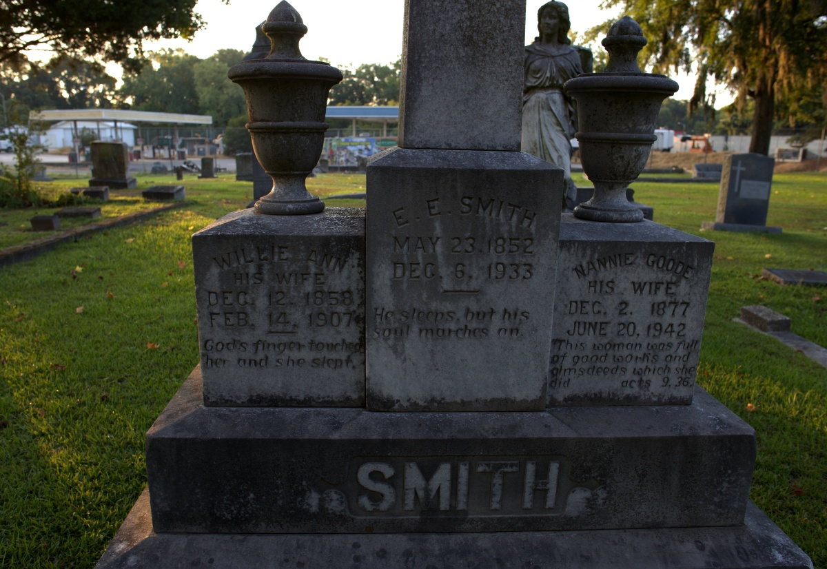 Photography ~ Notable Blacks Interred at Brookside Cemetery ~ Dr. E.E. Smith, 08/09