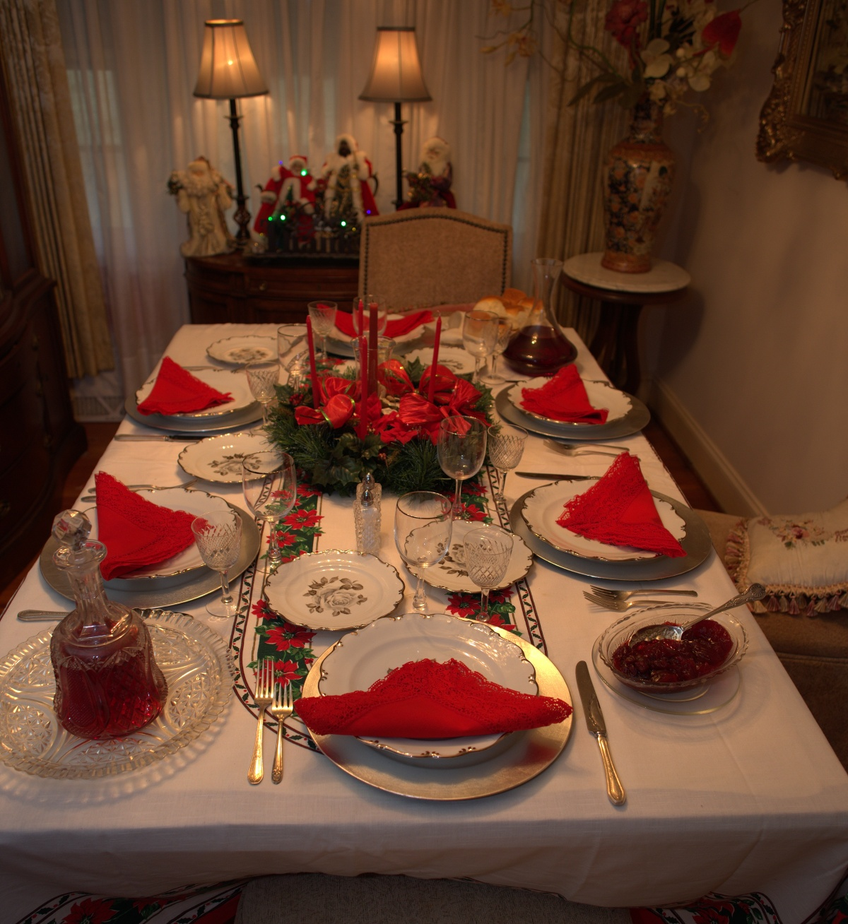 Christmas Dinner ~ Dinning out–Thanks to Dr. Brown, Maria & Arianna,12/25