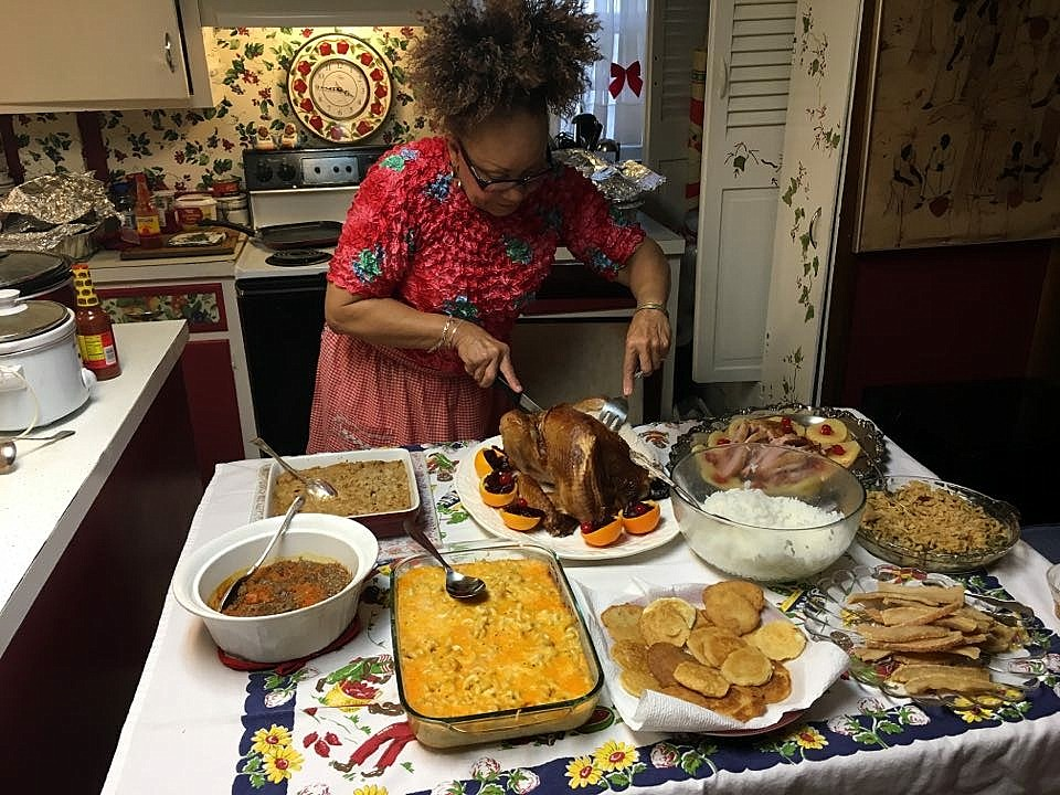 Christmas Dinner ~ Dinning out–Thanks to Dr. Brown, Maria & Arianna [Slideshow],12/25