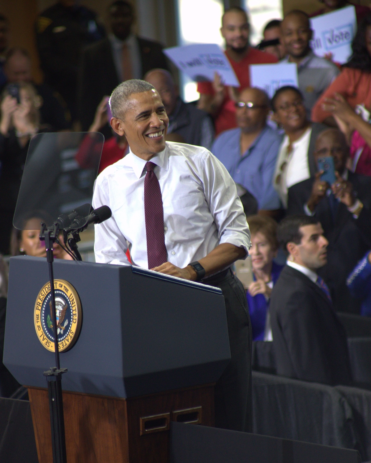 Event ~ North Carolina Together–Fayetteville Rally with President Barack Obama, 11/04