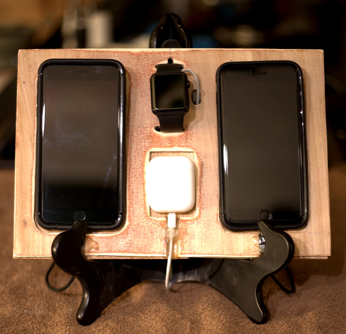 DIY ~ Charging Station for 4 Apple Devices [holder & wiring],01/10