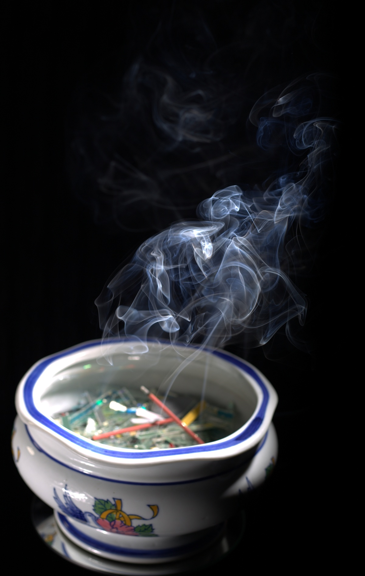 Photography ~ Smoke [Burning Incense–in a bowl], 01/24