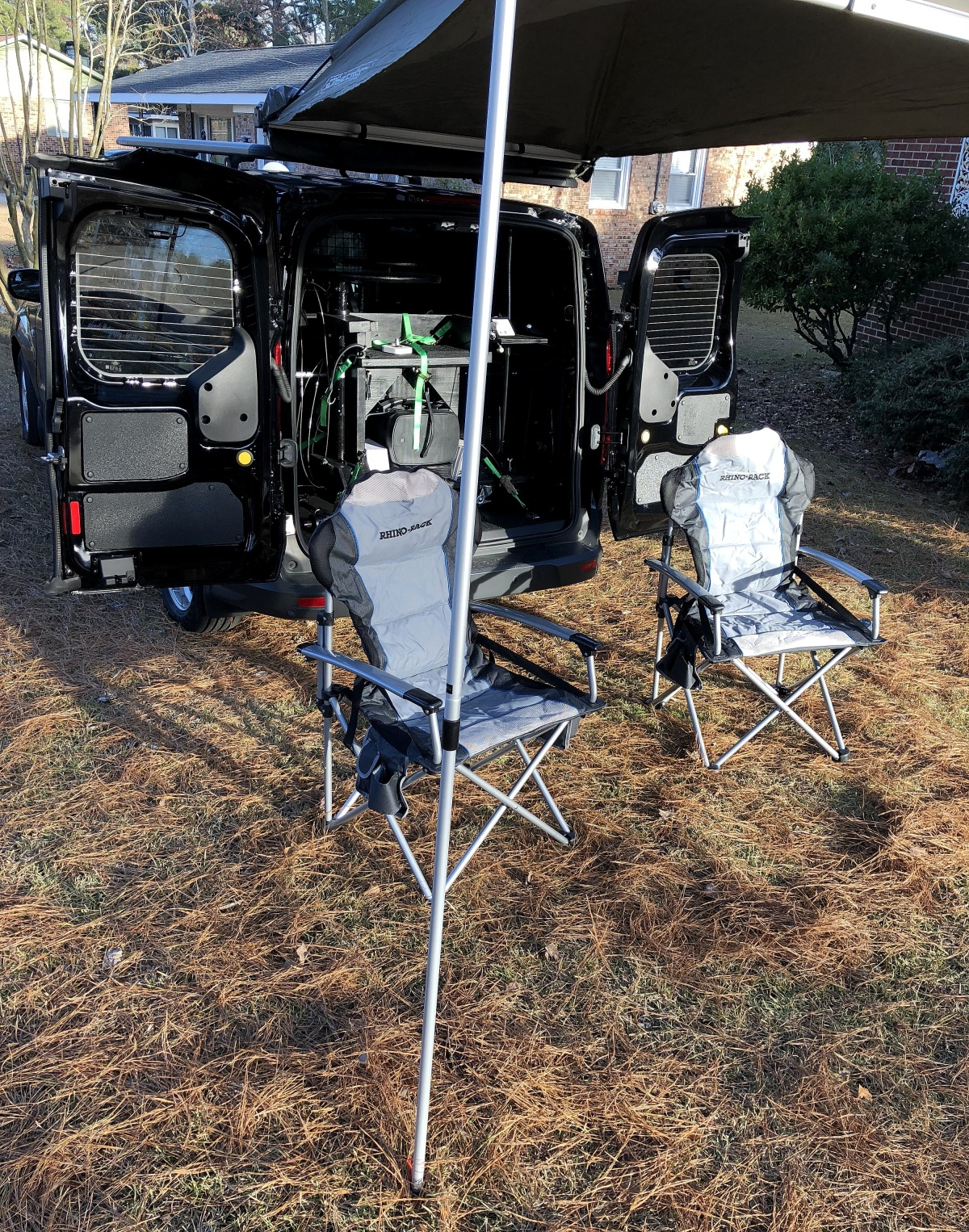 DIY [#37] ~ Preparing the van for wiring of the light bars–The Rhino Rack SunSeeker Dome Awning,12/16