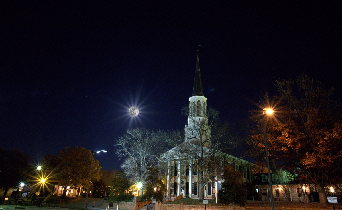 Photography ~ Fayetteville, North Carolina–Super Moon, 12/03