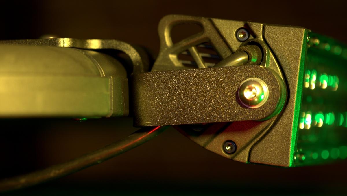 DIY [#37] ~ Received & Installed Rhino-Rack Pioneer LED Light Brackets today,12/23