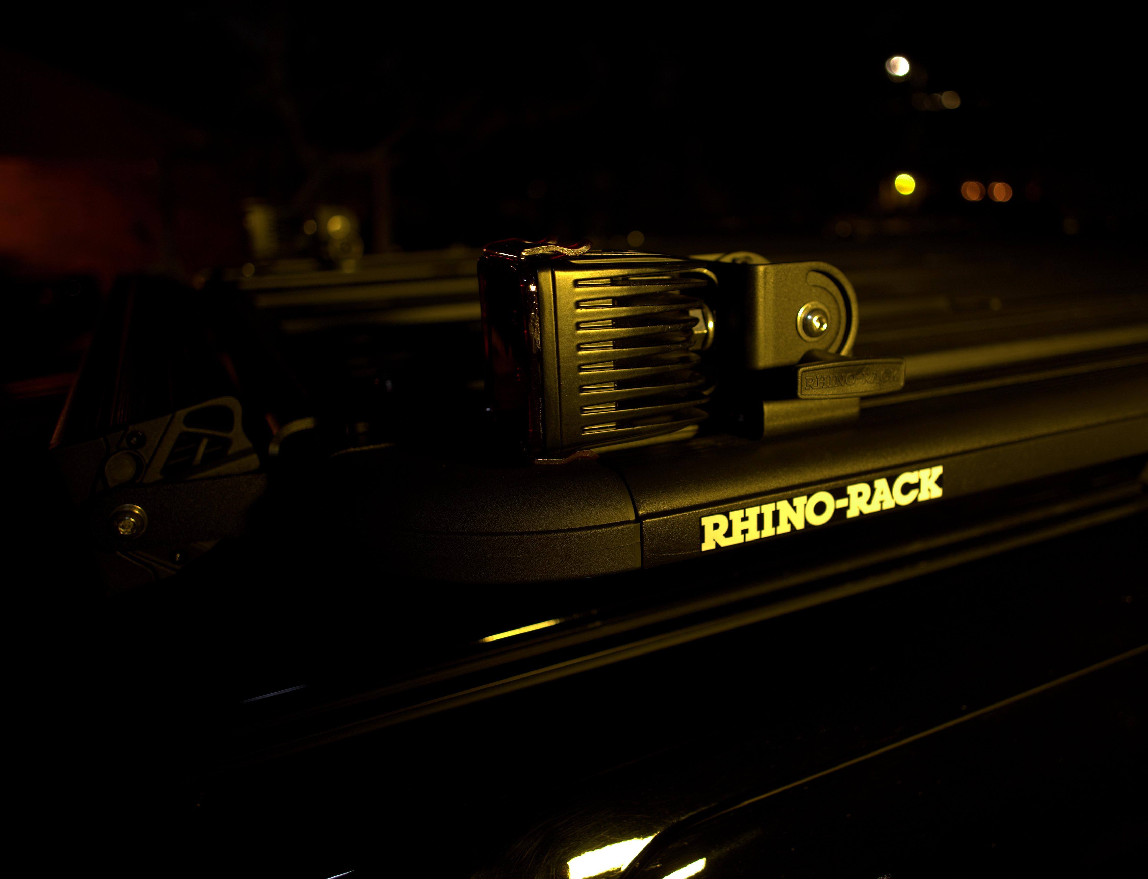 DIY [#37]–Rhino-Rack Pioneer Platform & Folding Aerial Brackets, w/4-LED Cube, 01/19