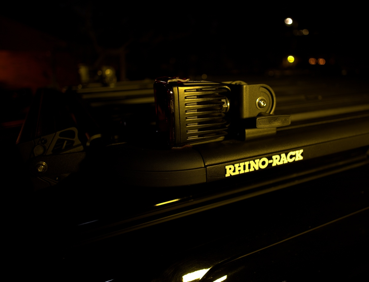 DIY [#37]–Rhino-Rack Pioneer Platform & Folding Aerial Brackets, w/4-LED Cube,01/19