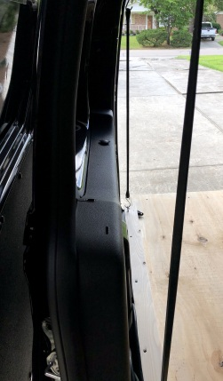 Passenger side wall straps